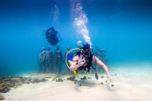 Grenada Diving - Sculpture Park - Island Activities